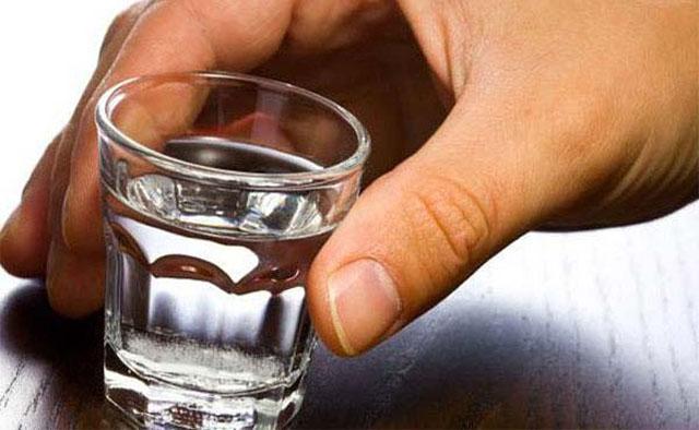 Водка с солью - от чего помогает