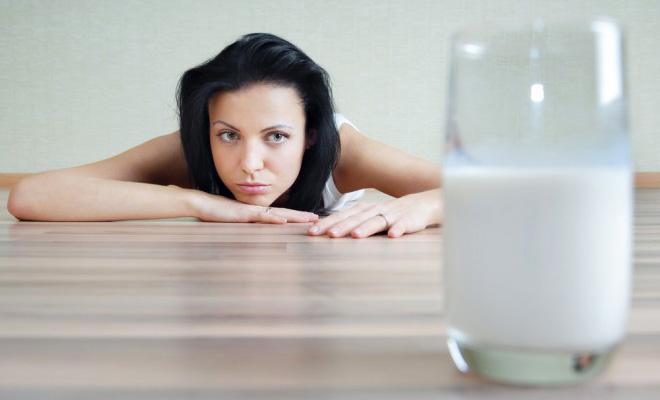 Отравление молоком: симптомы и лечение