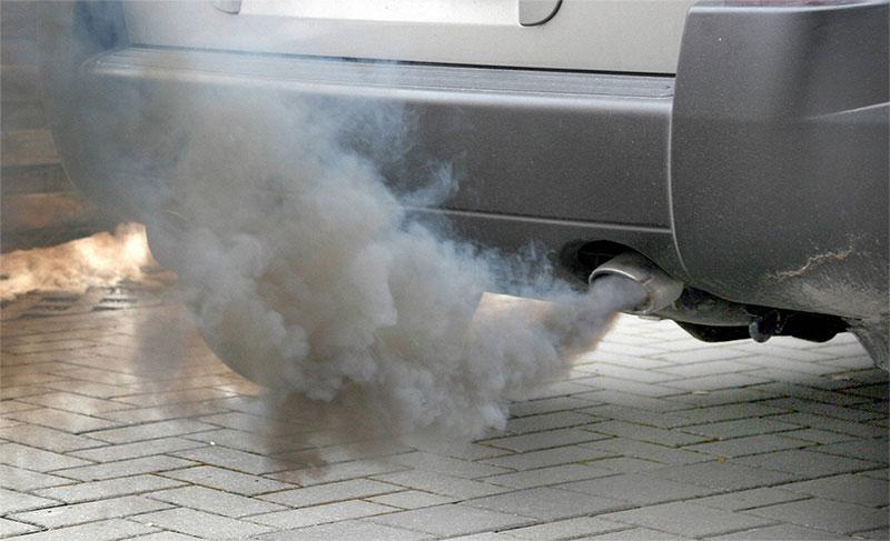 Отравление выхлопными газами автомобиля